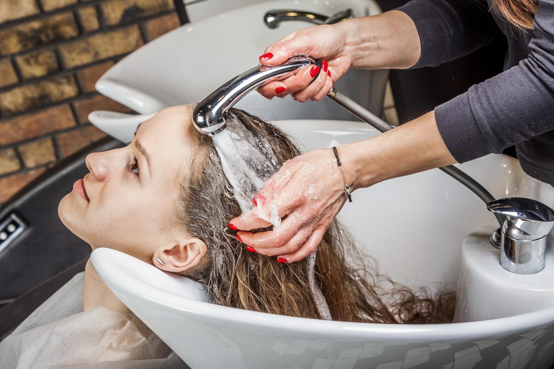 Salon Fryzjerski Tel 577 858 203 Profesjonalne Usługi Fryzjerskie